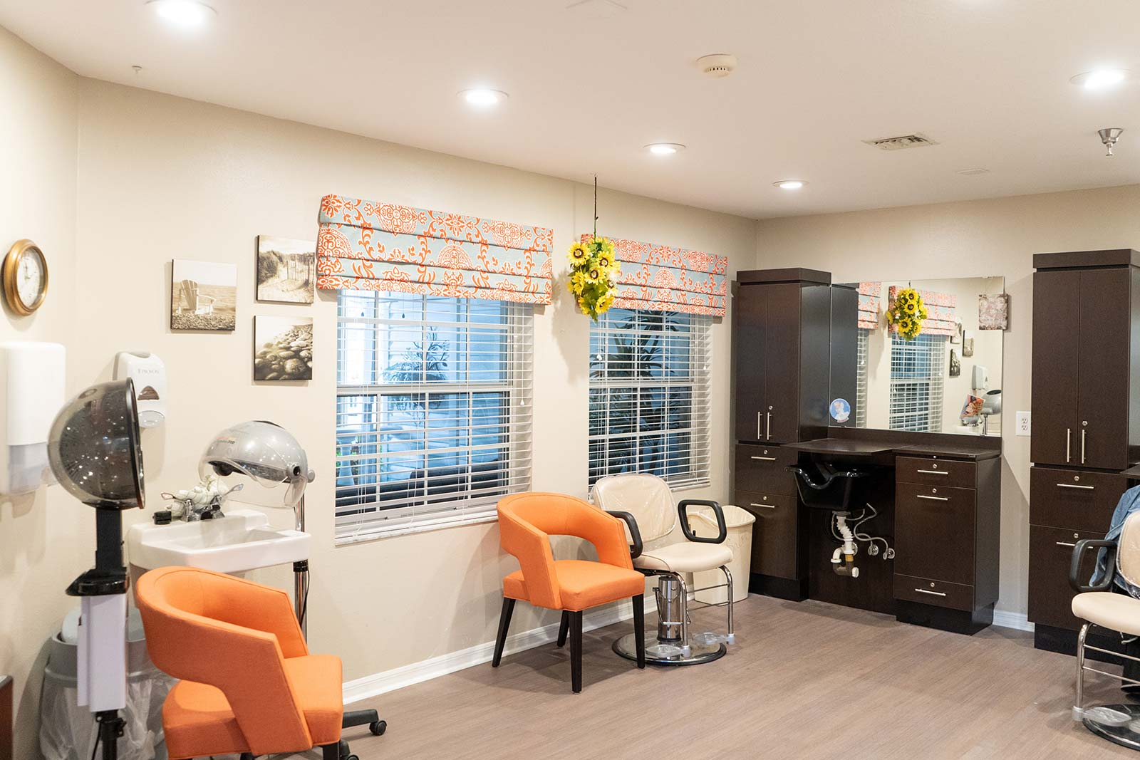 Beauty salon and barber shop at Heron House assisted living and memory care community in Sarasota, FL