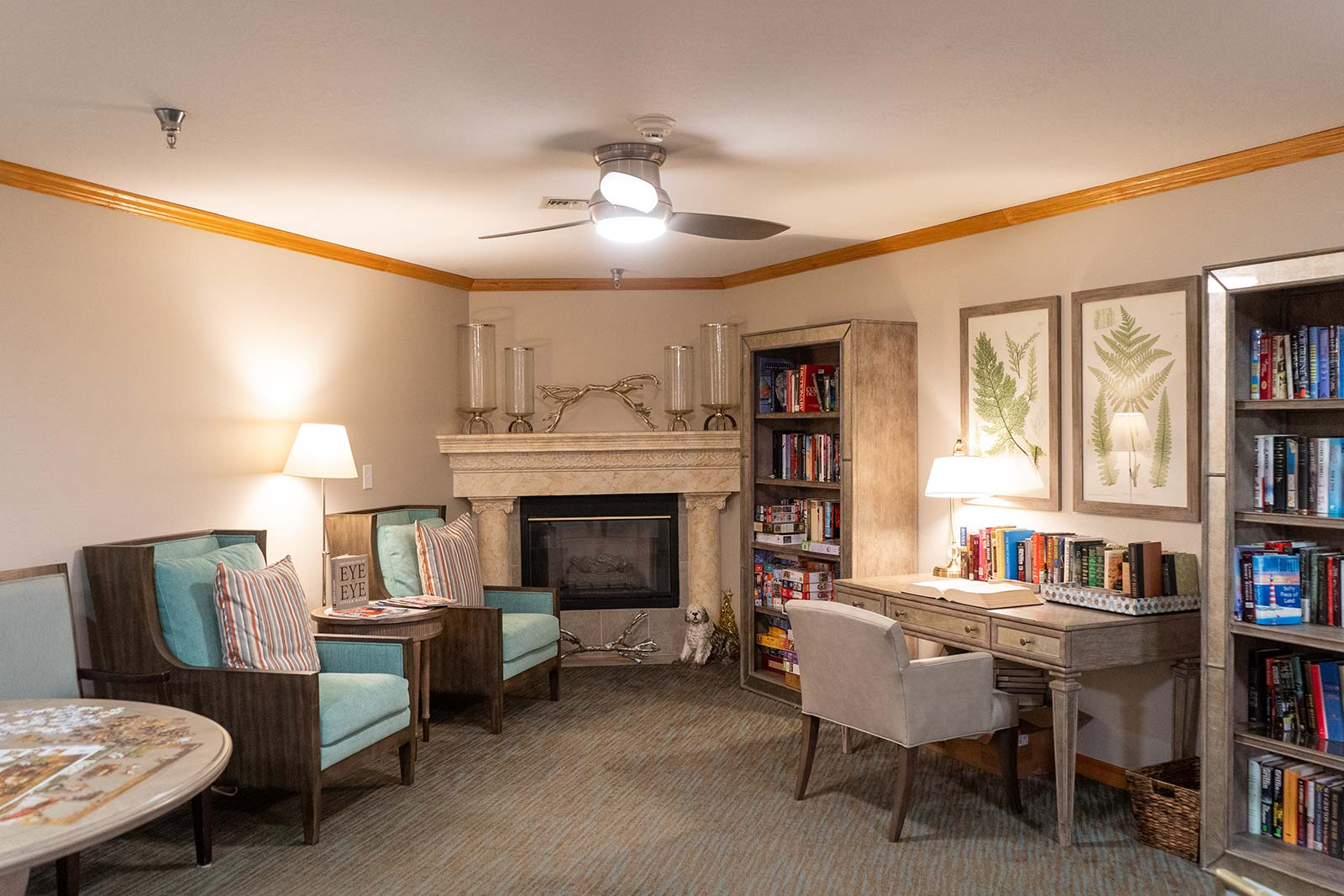 Library at Heron House assisted living and memory care community in Sarasota, FL